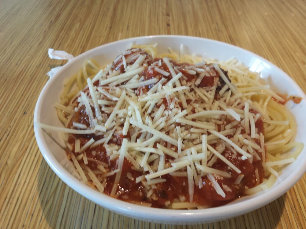 My Super Delicious Spaghetti And Meatballs This Is A Small Size Yelp