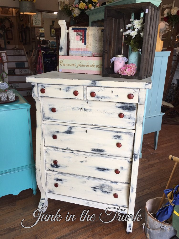Junk In The Trunk: 652 W Main St, Algood, TN