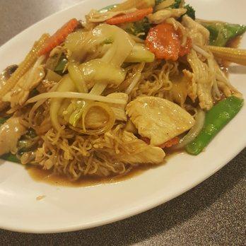 Thai Food Champaign Il