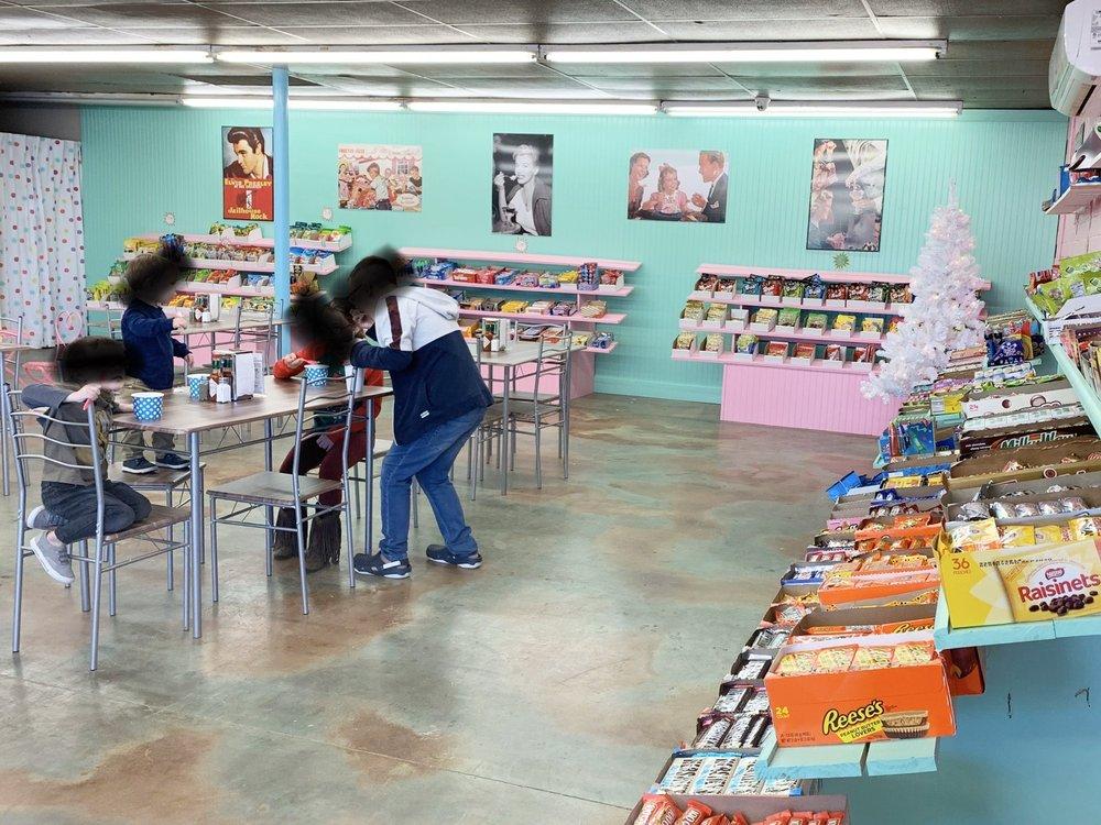 Corner Candy Creamery & More: 225 W Milton Ave, Lafayette, LA