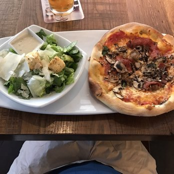 California Pizza Kitchen at Town Square Las Vegas - Order Food ...