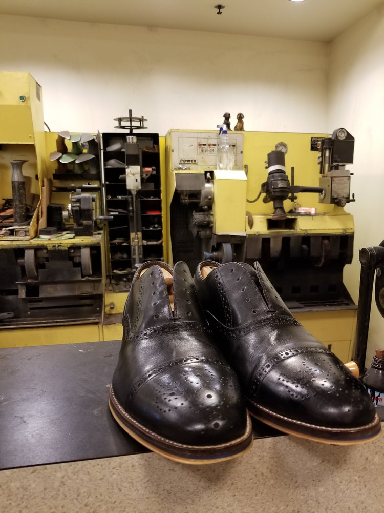 Shoe Repair Plus: 1510 Berlin Rd, Cherry Hill, NJ