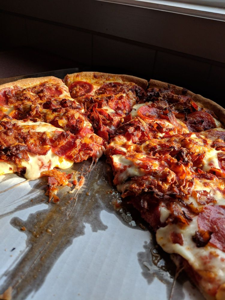 Dimitiri's Pizza: 14 Park Ave, Contoocook, NH