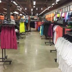 797bd0fbe Nike Factory Store - Roupas Esportivas - Avenida Conde da Boa Vista ...