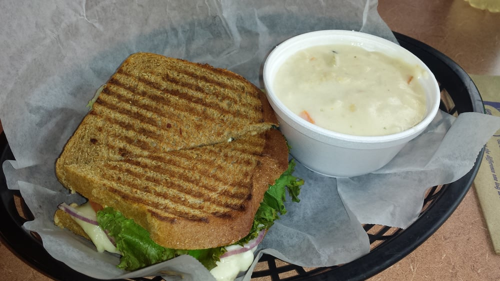 Great Harvest Bread Company: 120 S Jefferson Ave, Cookeville, TN