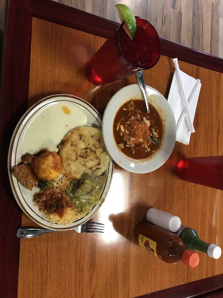 Mar y Sol Mexican Bar & Grill: 8015 Pendlenton Pike, Indianapolis, IN