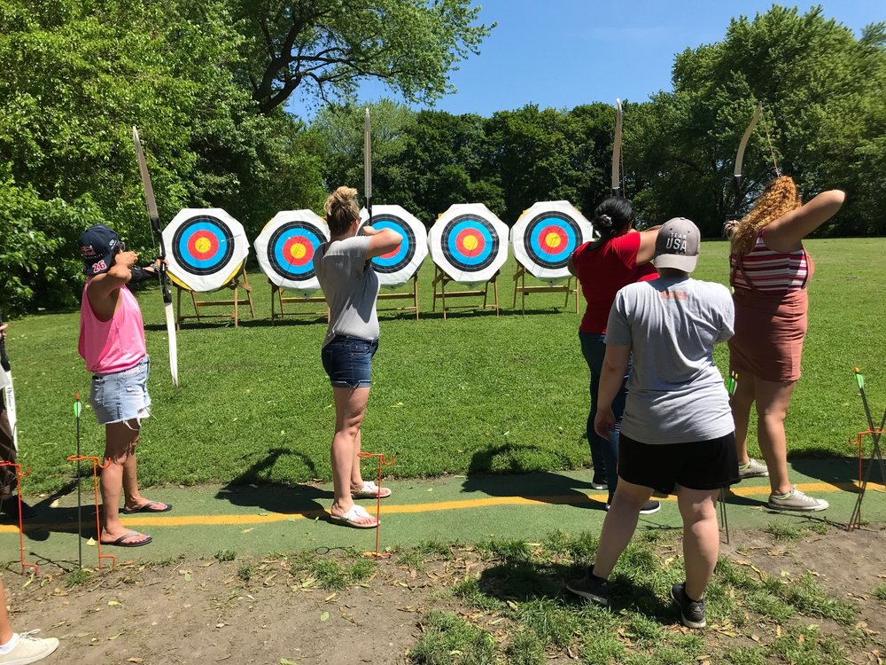 North Side Archery Club: 2 W Belmont Harbor Dr, Chicago, IL