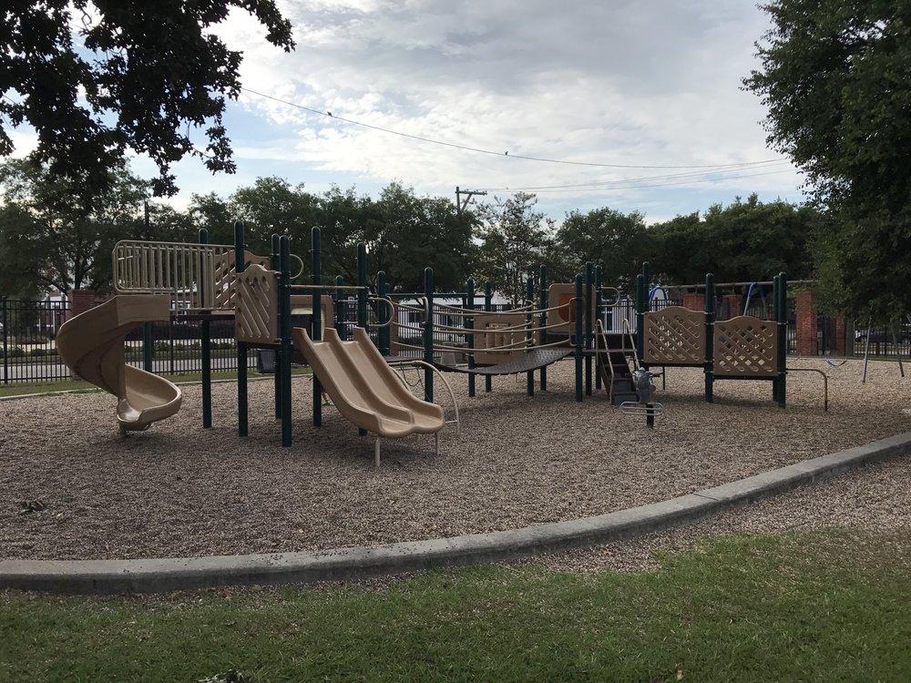 Milroy Park: 1205 Yale St, Houston, TX