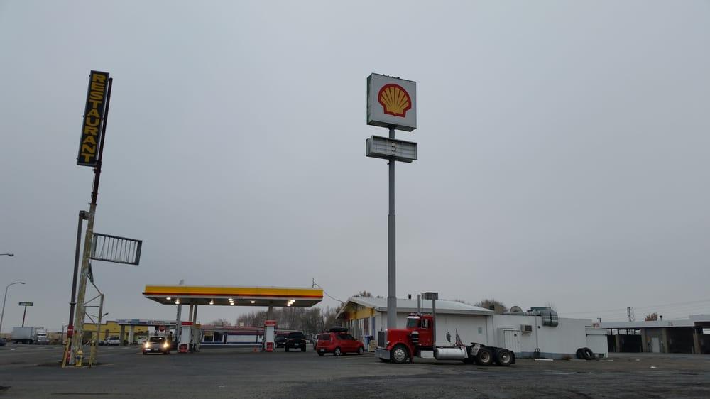 Main Street Shell: 100 Main St, Boardman, OR