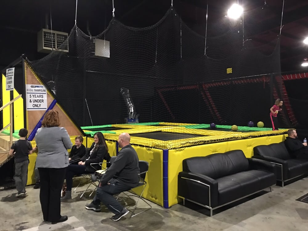 photos for max air trampoline park yelp. Black Bedroom Furniture Sets. Home Design Ideas