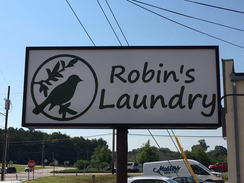 Robin's Laundry: 902 S B St, Easley, SC