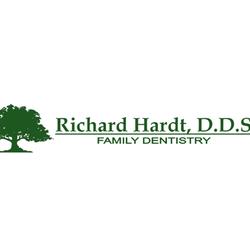 Hardt Richard A Dds Cosmetic Dentists 174 N Villa St