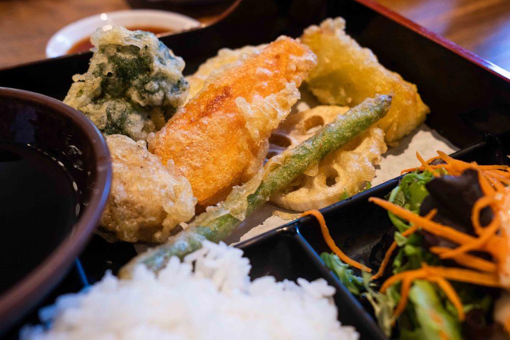 Mikuni Japanese Restaurant and Sushi Bar: 500 1st St, Davis, CA