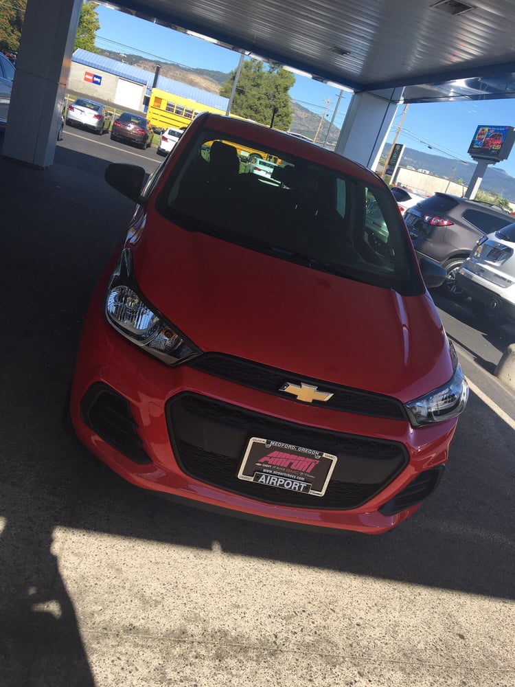 Airport Chevrolet Buick Gmc Cadillac   12 Photos U0026 39 Reviews   Auto Repair    3001 Biddle Rd, Medford, OR   Phone Number   Yelp