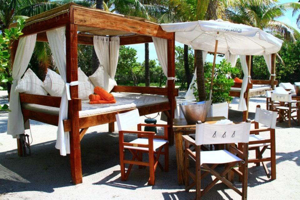 Playa Hotel Don Carlos, Carretera de Cádiz Km , Marbella, Malaga, Spain Tel: +34 83 62