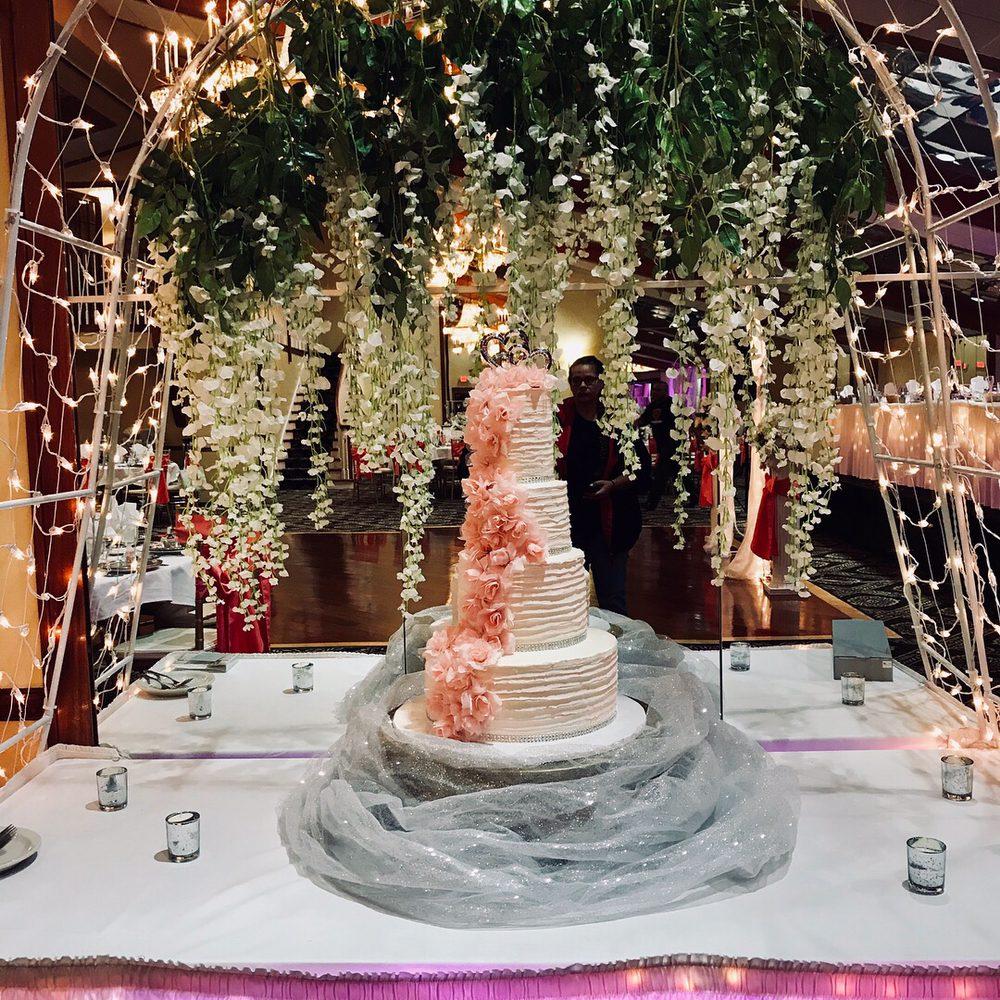 Photo Of Divine Cake Design
