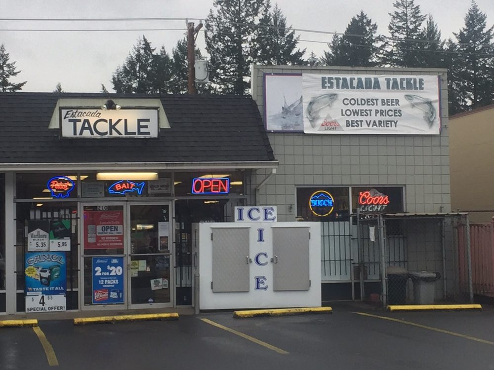 Estacada Tackle: 210 SE Hwy 224, Estacada, OR
