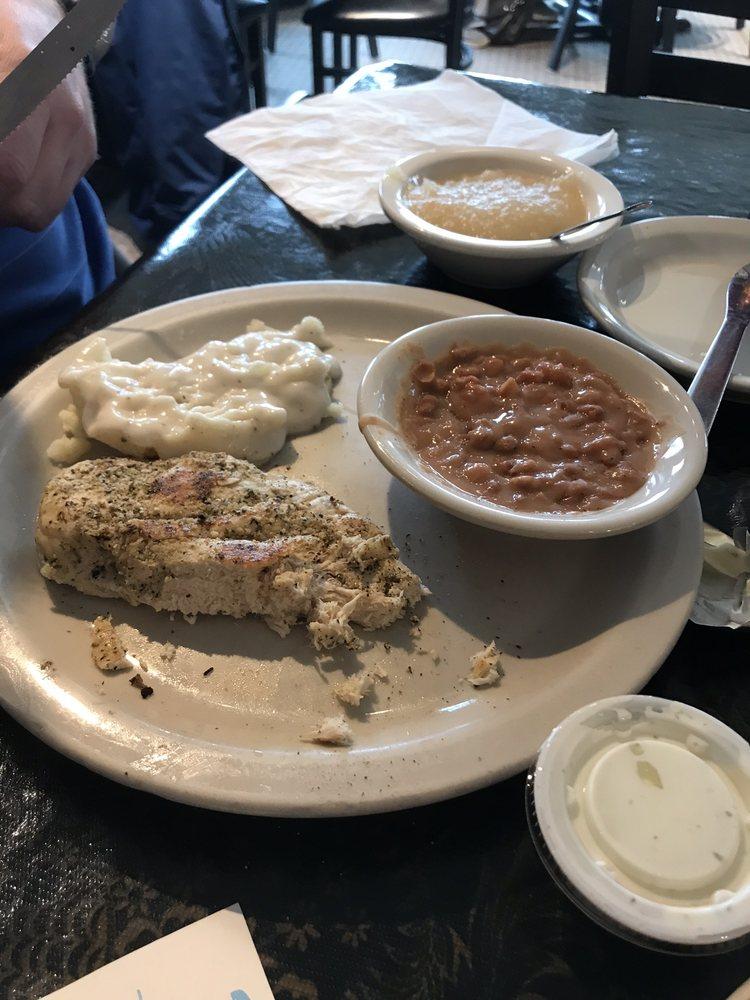 Ozark Cafe: 662 Missouri Ave, West Plains, MO