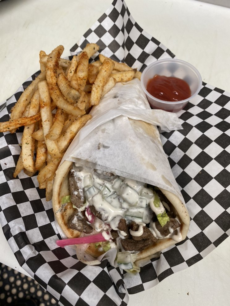 Falahi Bro's Middle Eastern Cuisine: 609 W 11th St, Vancouver, WA