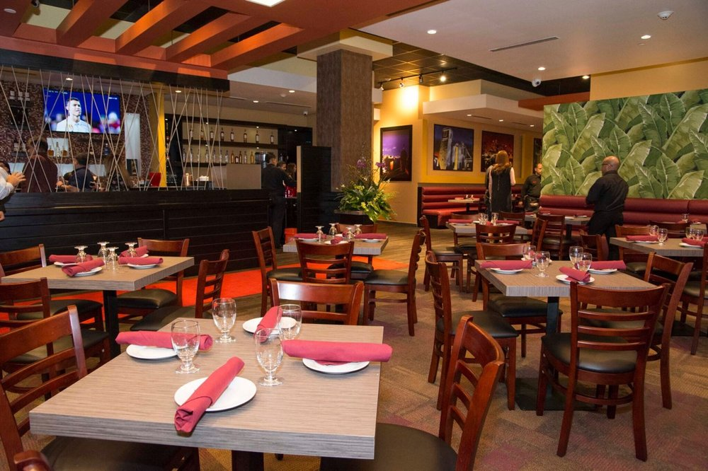 Metropol Restaurant: 200 Convention Blvd, San Juan, Puerto Rico, PR