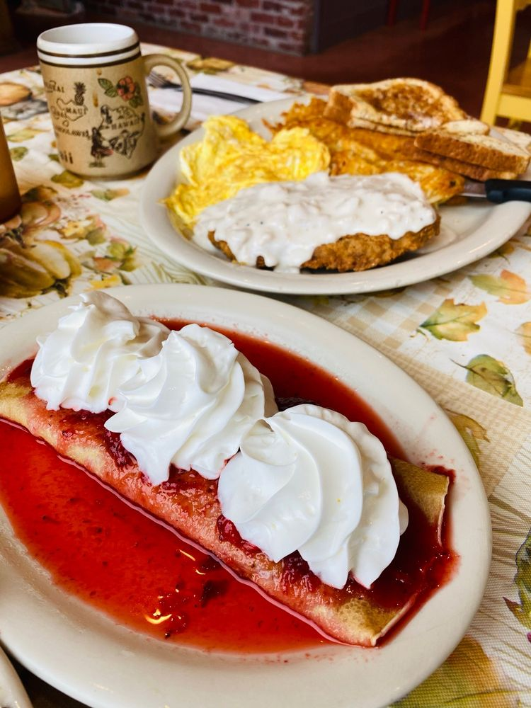 Willow & Jim's Country Cafe: 1420 Pioneer Hwy, Silvana, WA