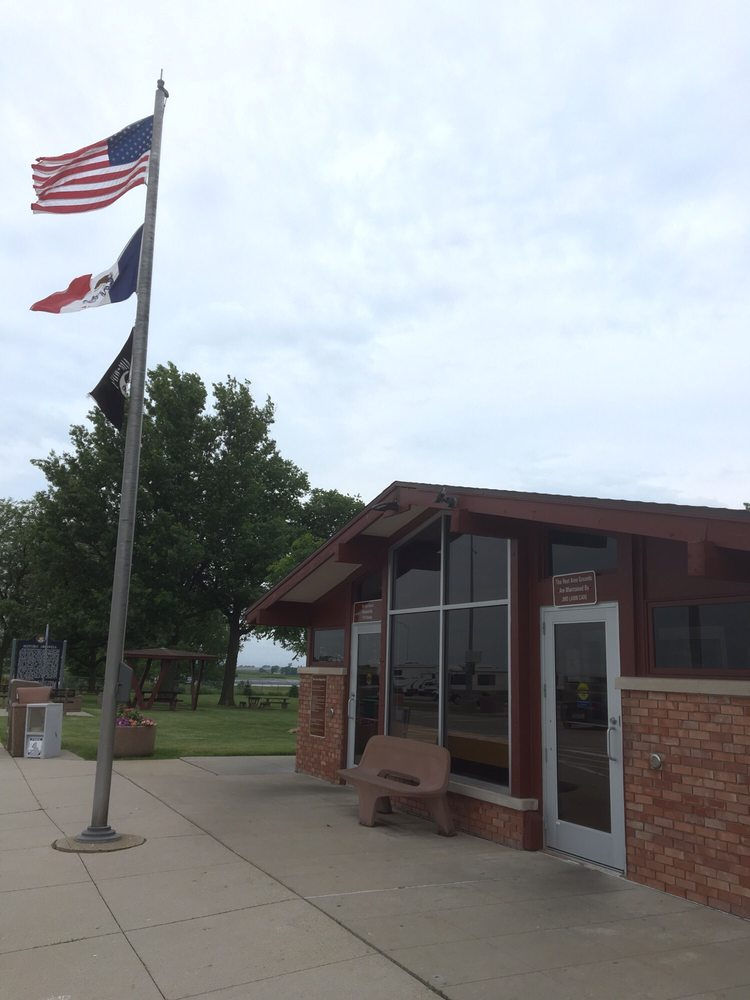 Hartford Rest Area: Interstate 80, Ladora, IA