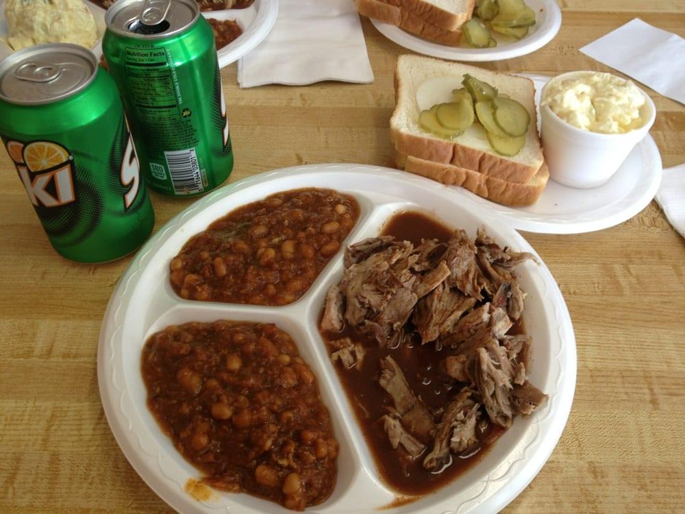 Thomason's Barbecue: 701 Atkinson St, Henderson, KY