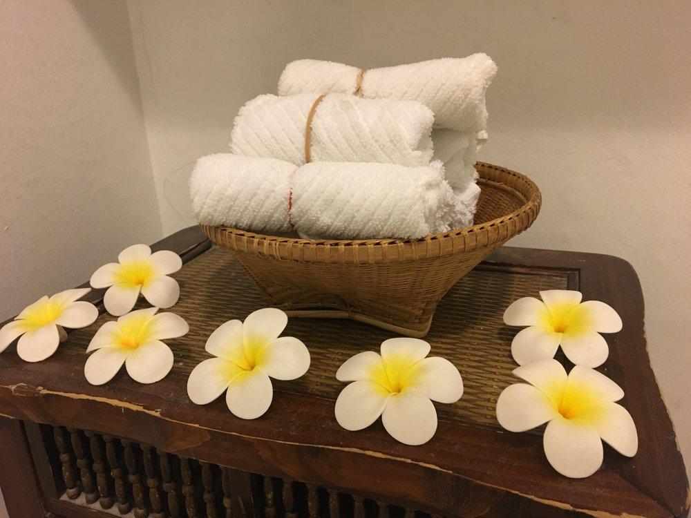 Nuch Thai Massage & Reflexology
