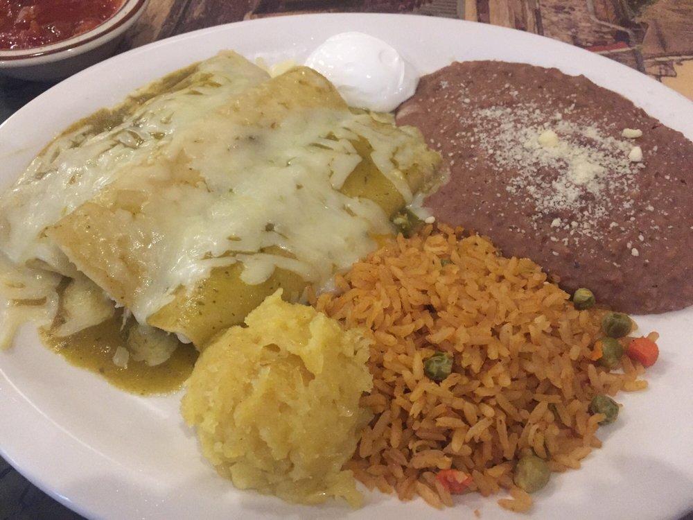 Barandas Fresh Mexican Grill: 1008 Smede Hwy, Broussard, LA