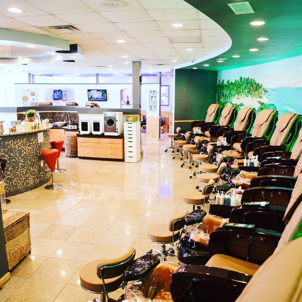 Signature Nails & Spa: 960 Pamplico Hwy, Florence, SC