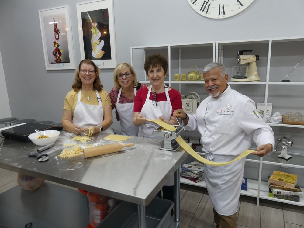 L'Academie Baking & Cooking School