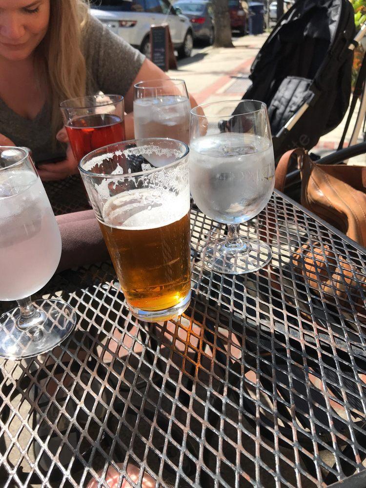Lucca Bar & Grill: 439 1st St, Benicia, CA