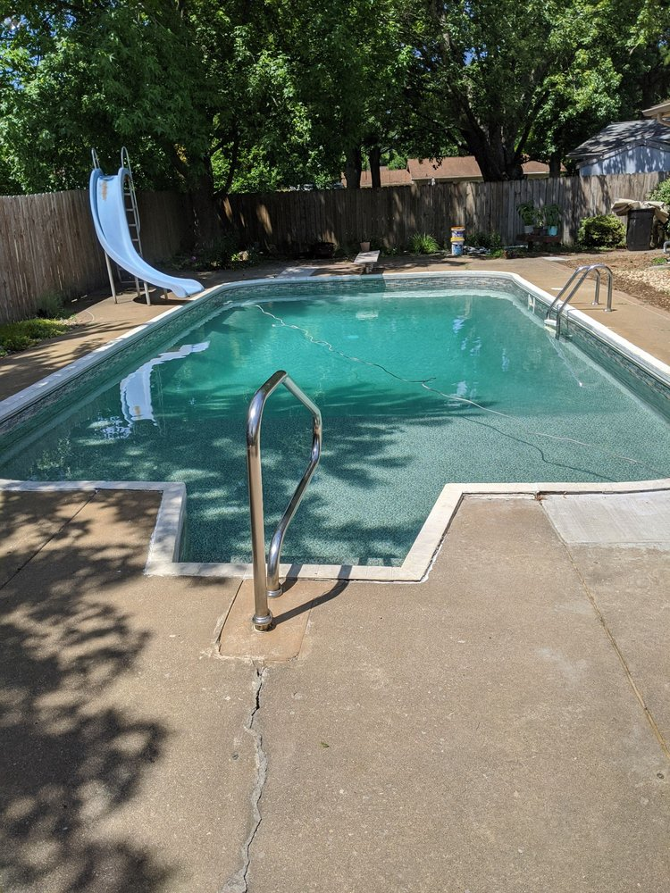 Olympic Pools of the Heartland: 707 W Boulevard St, Marion, IL