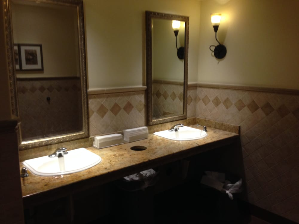 Photo Of Olive Garden Italian Restaurant   Culver City, CA, United States.  Clean