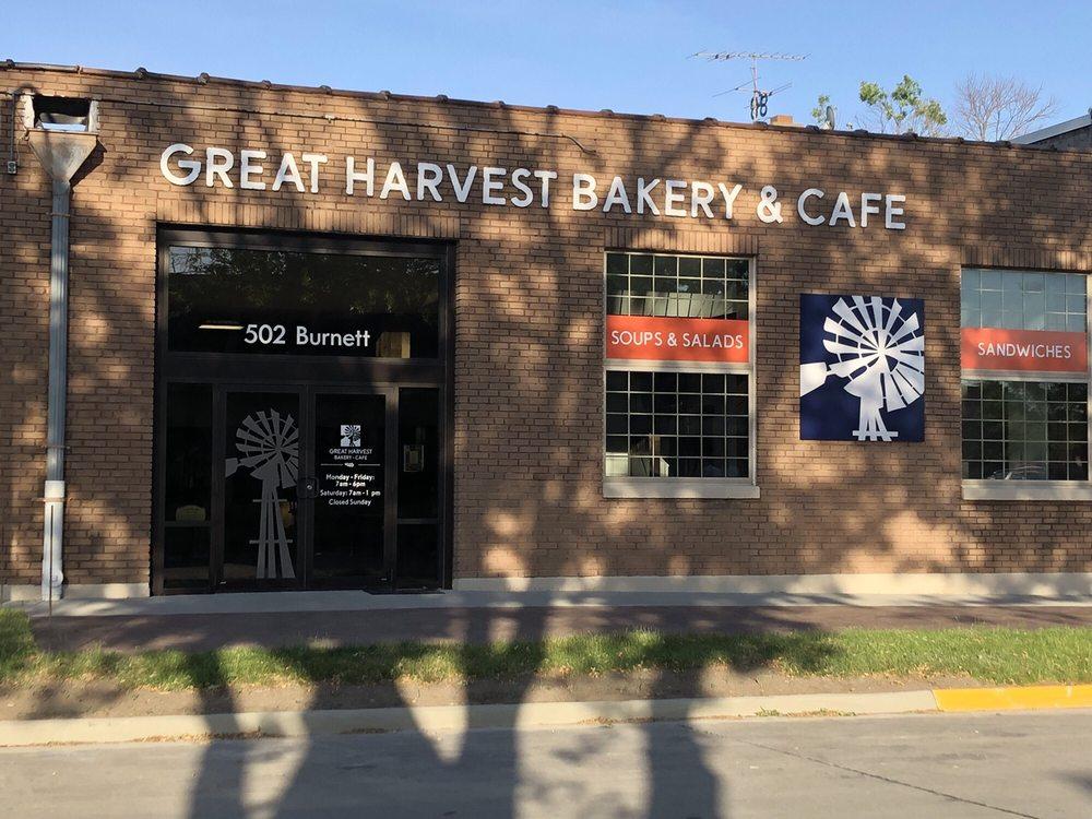 Great Harvest Bakery & Cafe: 502 Burnett Ave, Ames, IA