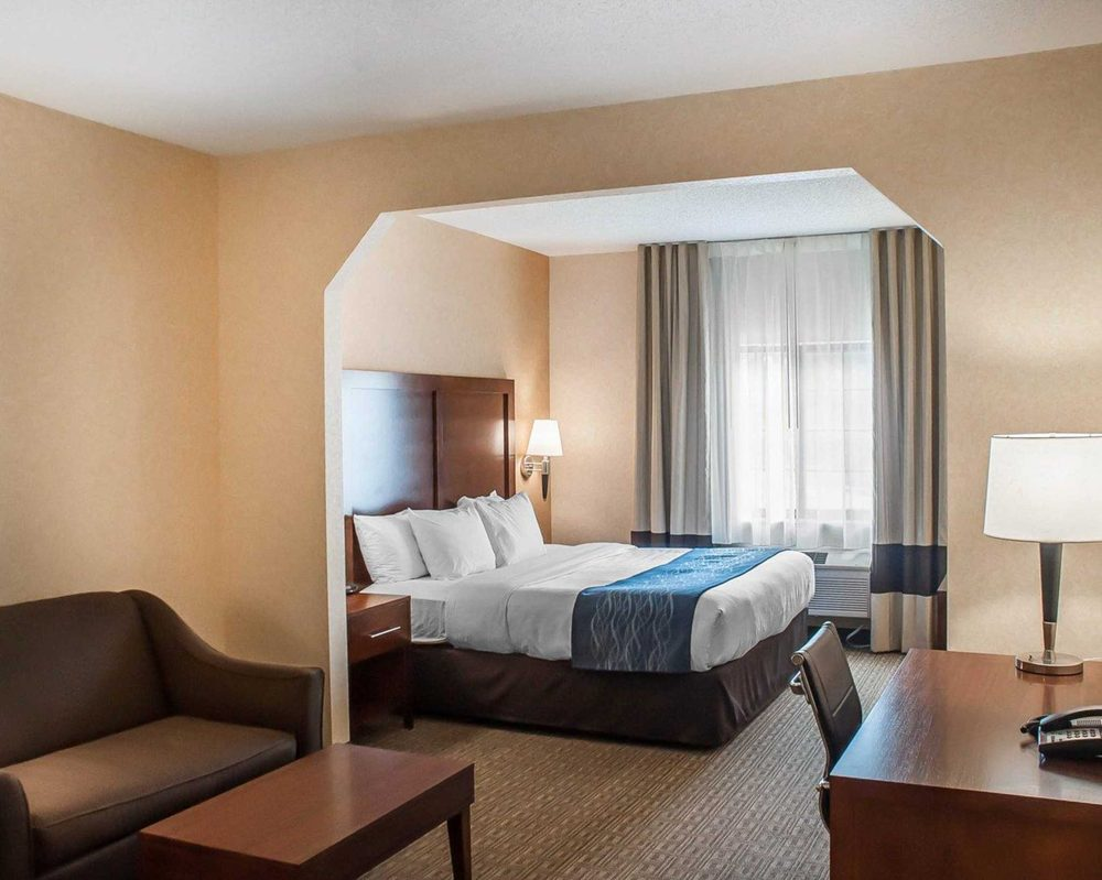 comfort inn suites 19 photos hotels 3615 commerce place