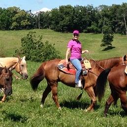 wagon wheel ranch winchester va