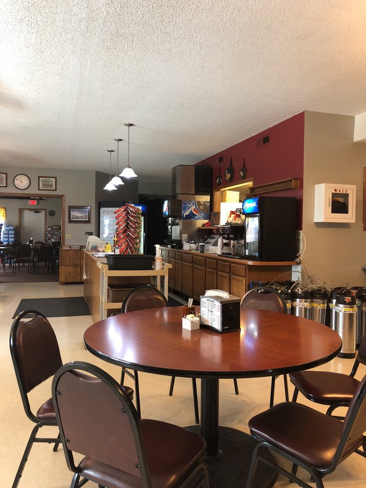 Vesta Community Cafe: 139 Broadway St, Vesta, MN