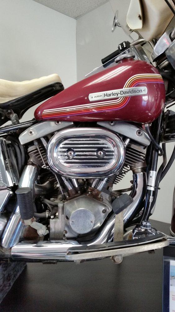 Ernie's Harley - Davidson: 2613 Hwy 18 E, Algona, IA