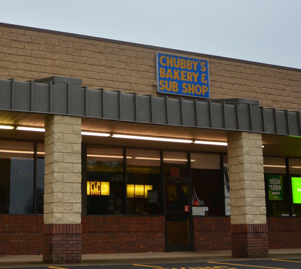 Chubby's Bakery & Sub Shop: 831 Main St W, Valdese, NC