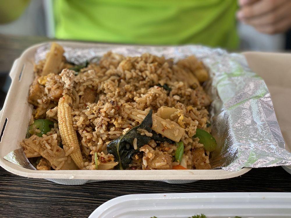 Sabaidee Lao & Thai Street Food - Prosper: 1111 S Preston Rd, Prosper, TX