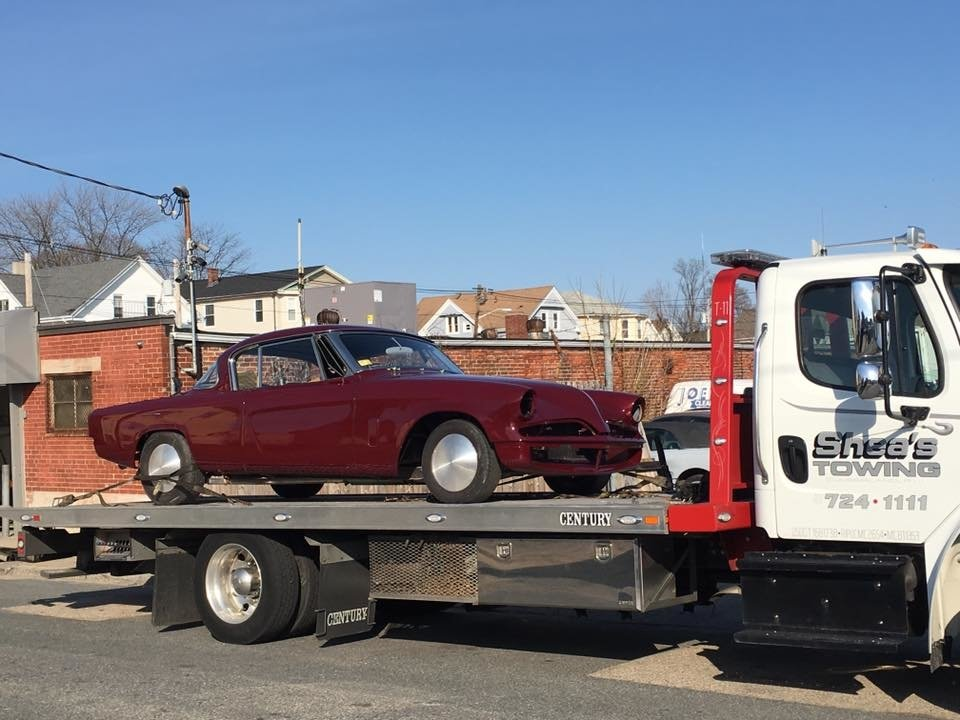 Towing business in Valley Falls, RI