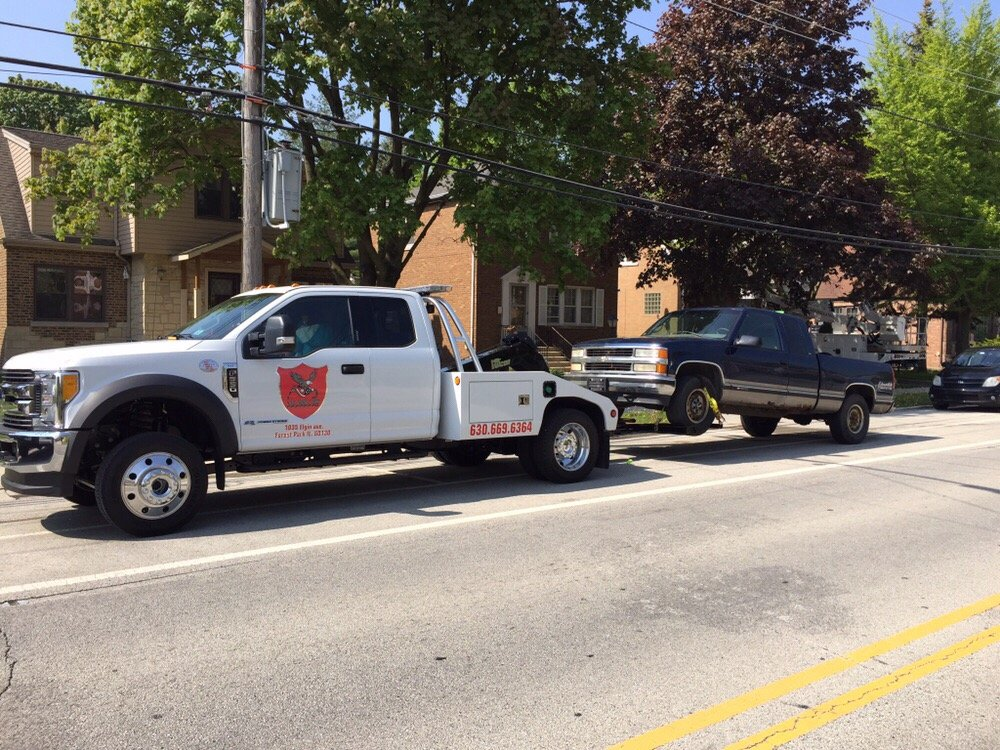 Lunas Junk Car Removal: 215 S 25th Ave, Bellwood, IL