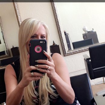 Linda c 39 s reviews largo yelp for 2 blond salon reviews