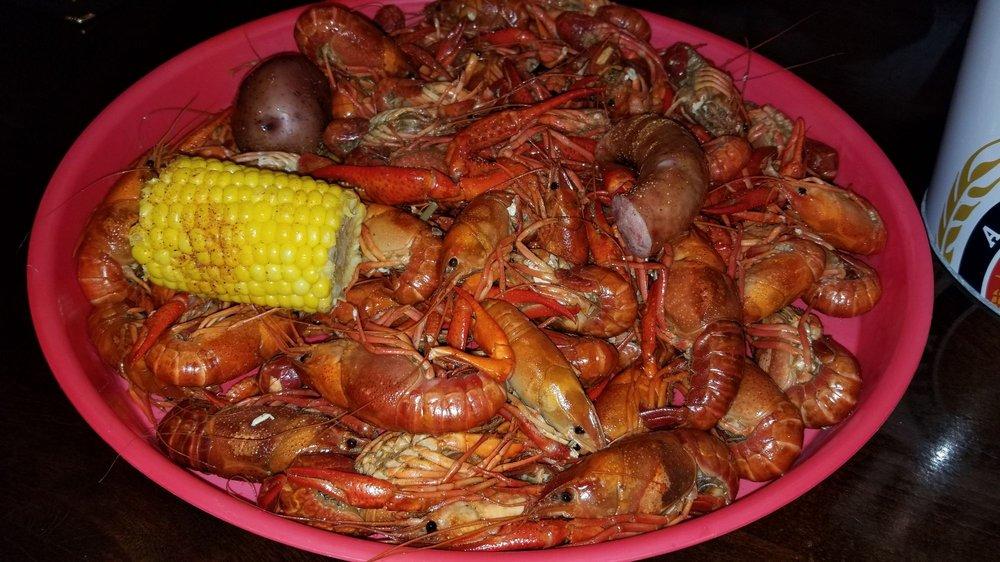 Crab Boat: 1029 Highway 51, Madison, MS