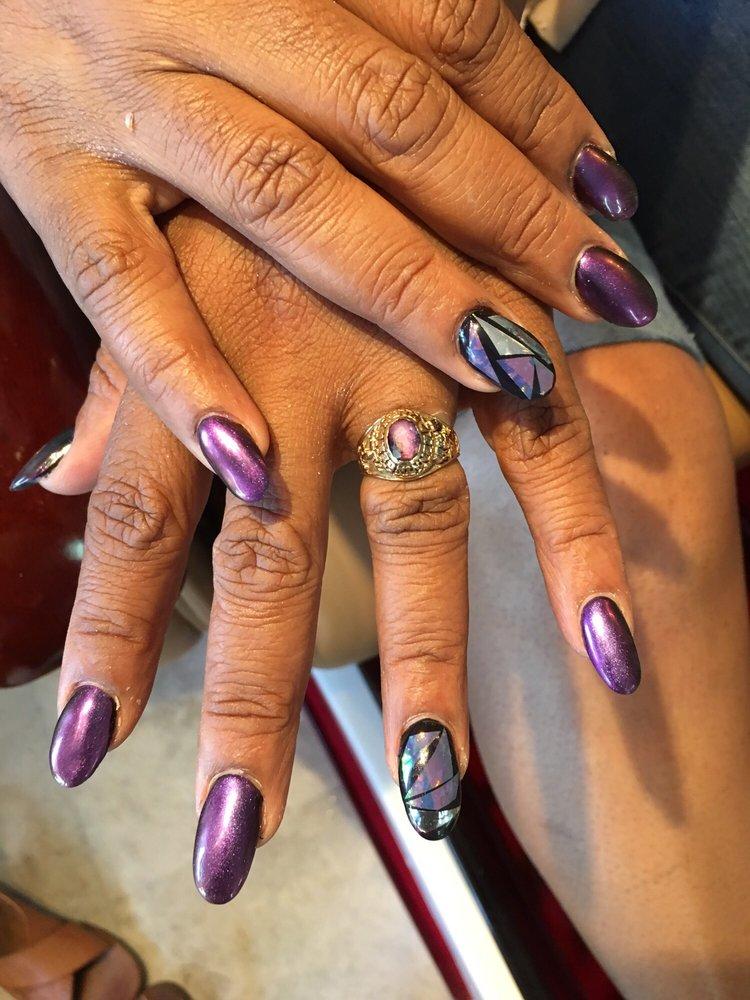 T.T Nails & Spa: 525 W Manlius St, East Syracuse, NY