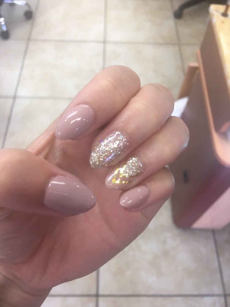 Shellac Nails With Design By Lana 35 Feeling Fabuloussss Yelp