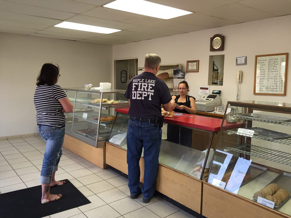 Maple Lake Bakery: 27 Birch Ave S, Maple Lake, MN