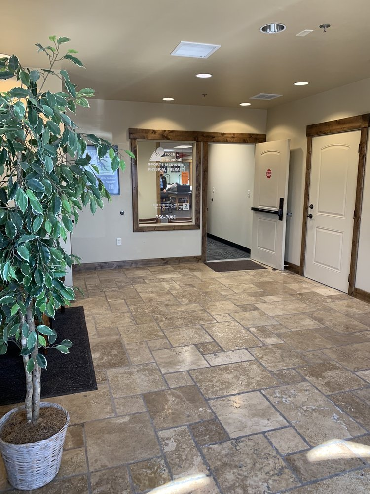 Professional Physical Therapy and Sports Medicine: 155 W Canyon Crest Rd, Alpine, UT
