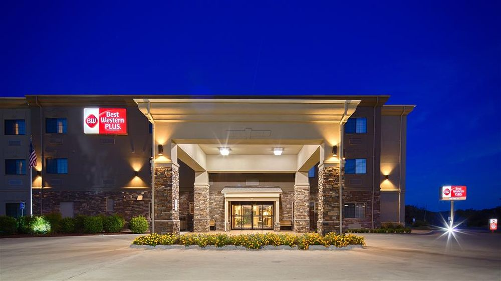 Best Western Plus Red River Inn: 902 W 2nd St, Clarendon, TX